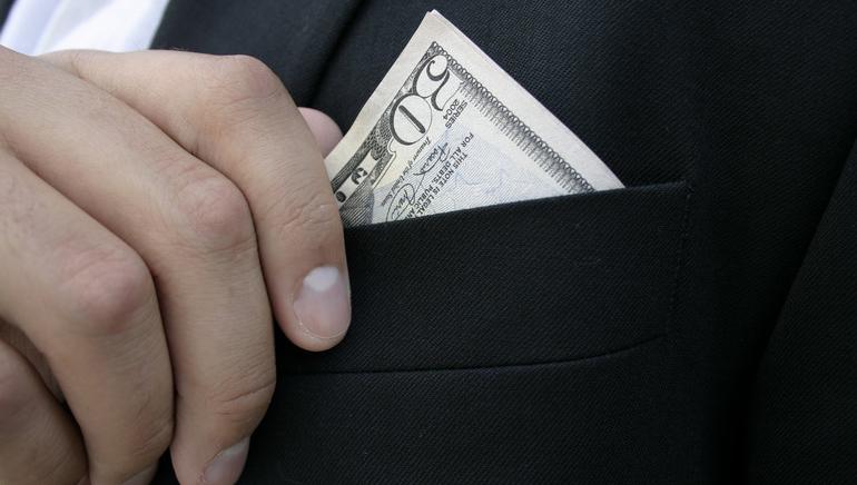 Escolha entre os Bónus de Boas Vindas de 3 Casinos